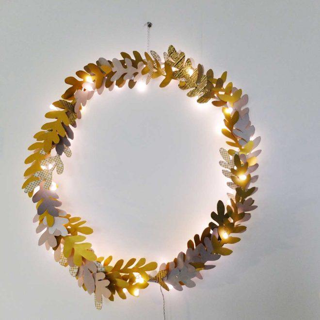 DIY Couronne lumineuse de Noël