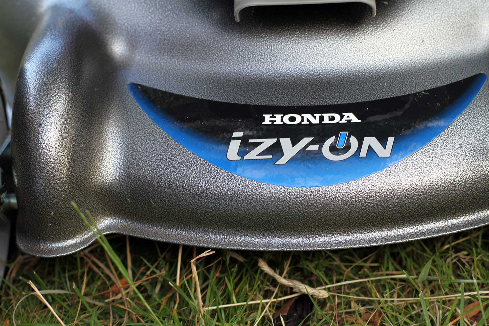 Misc Webzine - Test Tondeuse Izy On Honda